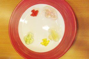 Kindergarten Karlsruhe erforscht Gummibärchen