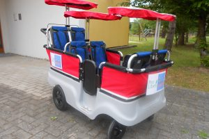 Die Kita aus Karlsruhe erhält einen Krippenwagen