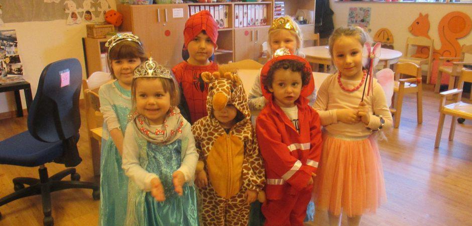Vekleidete Kinder in der Kita Amalienschlössel