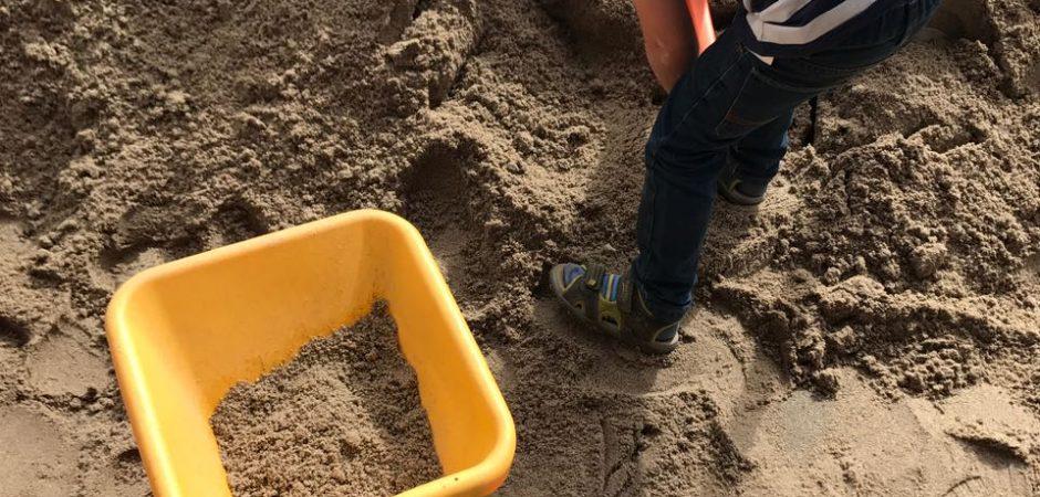 Große Sandaktion in der Kita Grashüpfer
