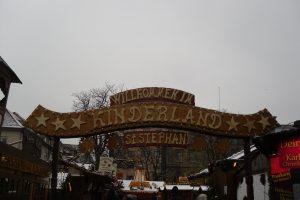Die Feldmäuse auf dem Weihnachtsmarkt
