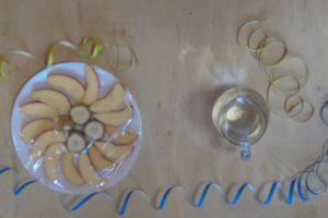Faschingsfrühstück mit Luftschlangen